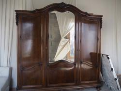 Bécsi barokk szekrény
