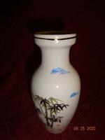 Japán porcelán váza, magassága 15 cm.