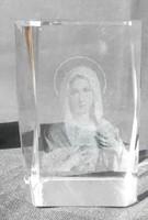 Lézer gravírozott Szűz Mária üvegtömbben- leárazva
