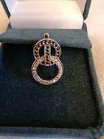 Egyedi jelzett ezüst 925-ös fekete és fehér kristállyal díszített medál