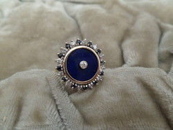 Zafíros - brilles modern arany gyűrű lapis lazulival