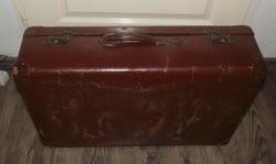 Régi utazó nagy méretű bőrönd