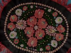 Régi Ó Matyó mintás kézi hímzett  selyemszállal varrt terítő párna előlap 1800.