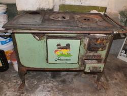 Antik, felújítandó Szépasszony sparhelt eladó