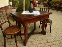 Eredeti antik szecessziós szétnyitható 6-8 személyes étkezőasztal a századforduló időszakából