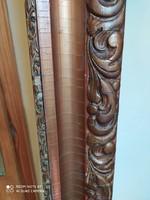 Barokk típusú antik karnis aranyozott nagy méretben