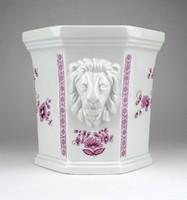 1B933 Régi oroszlánfejes Lichte lila fehér kaspó