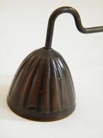 Bronz gyertyaoltó, gyertyakoppintó