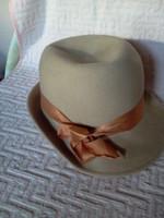 Női kalap fekete,drapp