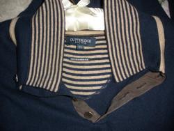 Kasmír tartalmú pulcsi