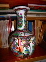 Famille Rose  Kínai porcelán  váza kézi festés Jingdezhen-volt császári manufaktúra terméke