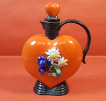 Szív alakú antik porcelán kanna havasi gyopárral