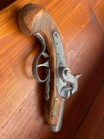Replika párbaj pisztoly eladó