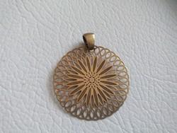 Nagyobb méretű aranyozott ezüst medál