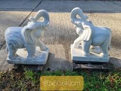 Márvány elefánt pár