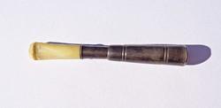 7,7 cm. hosszú régi szipka