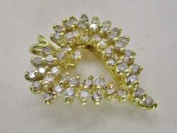 Szépséges arany szív medál brillekkel 1ct értékben