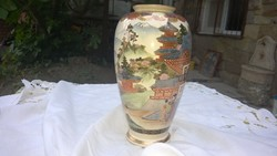 Mesés japán váza dús 22 k-os aranyozás