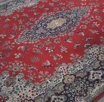 350 x 240 cm gépi csomózású gyapjú szőnyeg...