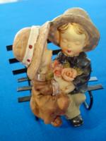 Padon üldögélők, romantikus pici dekorációs szobor
