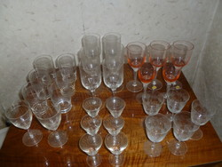 Metszett üveg poharak/már csak 11 db