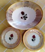Porcelán tányérok hiánypótlásra is eladók