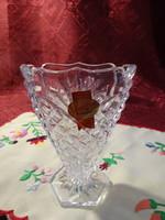 Ólom kristály váza, hatszögletű alapon ovális szájjal, magassága 11 cm.