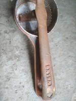 Jelzett öntött öntött vas krumpli nyomó