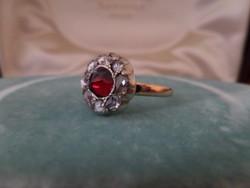 Gyémántos antik arany margaréta gyűrű