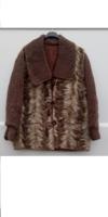 Különleges nerc kabát,havasigyopár gombokkal.