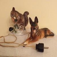 Porcelén mókus és kutya lámpa