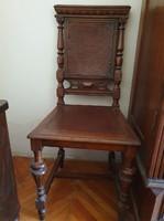 Ónémet stílusú, díszes bőr kárpitozású szék (2 db)
