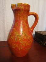 Narancs színű jelzett váza vagy kancsó