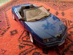 4db 1:18 modell autók