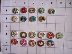 25 mm fagomb, gomb gyűjteményből scrapbookinghoz, ruhára, táskára, karácsonyi, ünnepi,
