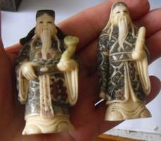 Szépen faragott festett,jelzett csont próféták