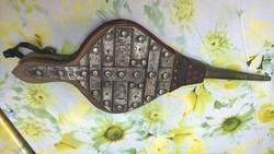 Egy régi kovácstűzhely szerszám-Fújtató kandallóhoz,tűzhöz régi patinás db
