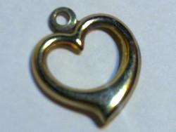 14 K arany szép formájú szív medál gold heart medal