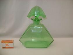 Régi, zöld üveg karaffa, likőrös üveg