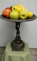 Kínáló, asztalközép, réz nagy méretű! Angyalkás szobros, ünnepi jellegű! A szobor szerintem ón lehet