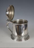 Ezüst nagy méretű fedeles kupa szőlőleveles dekorral
