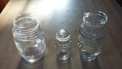 Három hordó alakú befőttes üveg