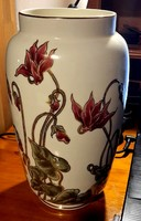 Zsolnay ciklámenes váza