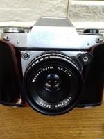 EXA -II b fényképezőgép saját tokjában