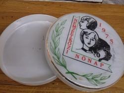 15 cm igazi ritkaság retro tejüveg ékszertartó 1975-ből