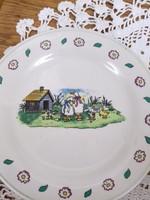 Hillary és Bros mesemintás gyerek tányér
