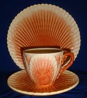 Antik Sarreguemines reggeliző trió,különleges formával és színnel.