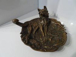 Nagyon szép bécsi bronz, róka és kakas figurával.
