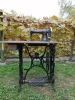 KAYSER antik lábpedálos varrógép
