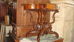 Fiókos póklábú asztal